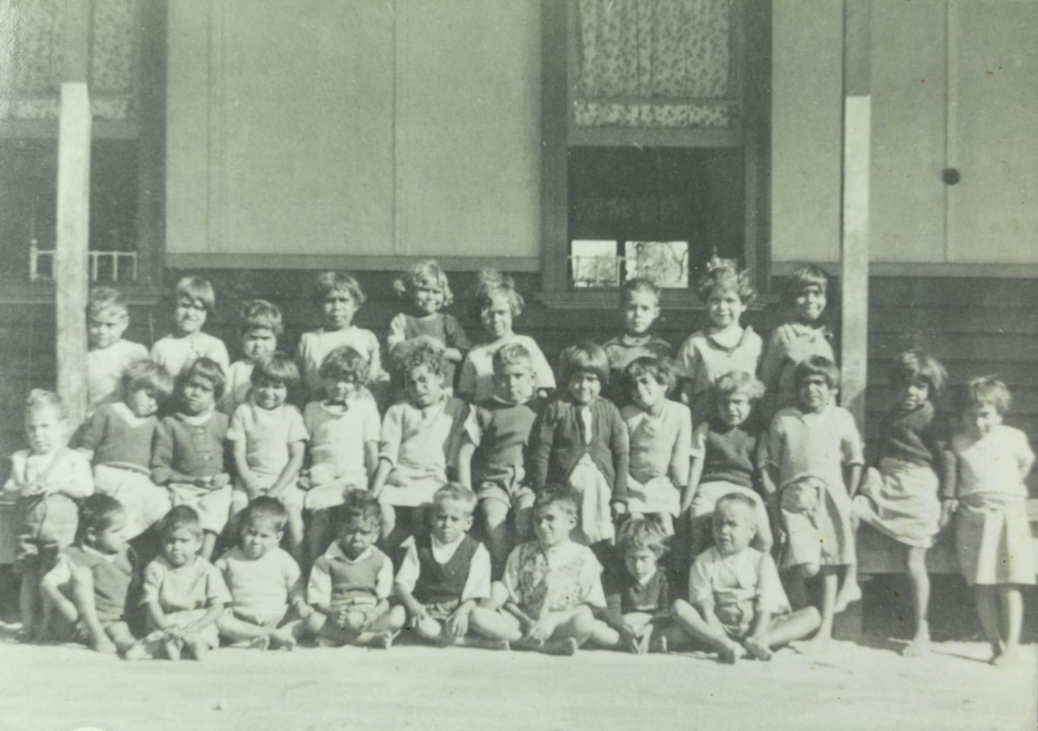 Moore River Native Settlement kindergarten children