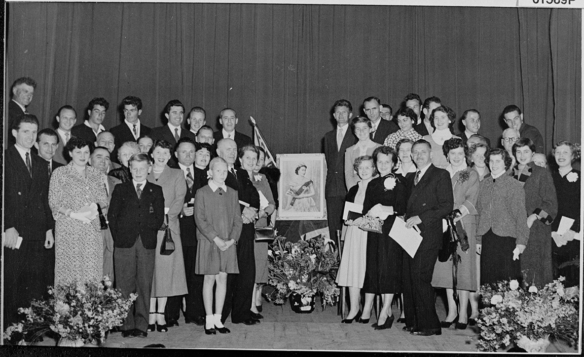 Naturalisation ceremony at the Northam Town Hall, 1955  SLWA BA1728/165