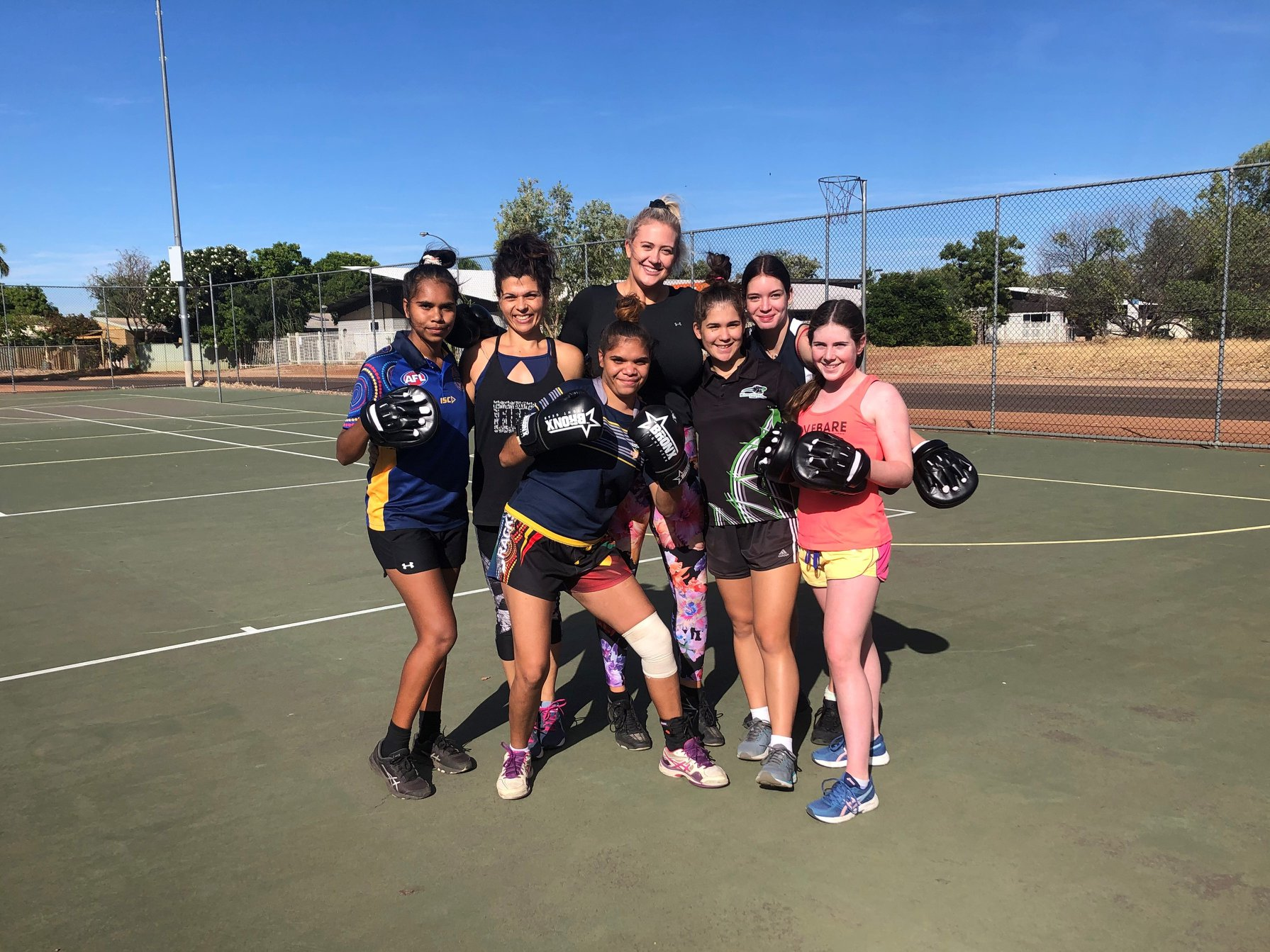 Girls from Kununurra Netball Association travelling to Broome